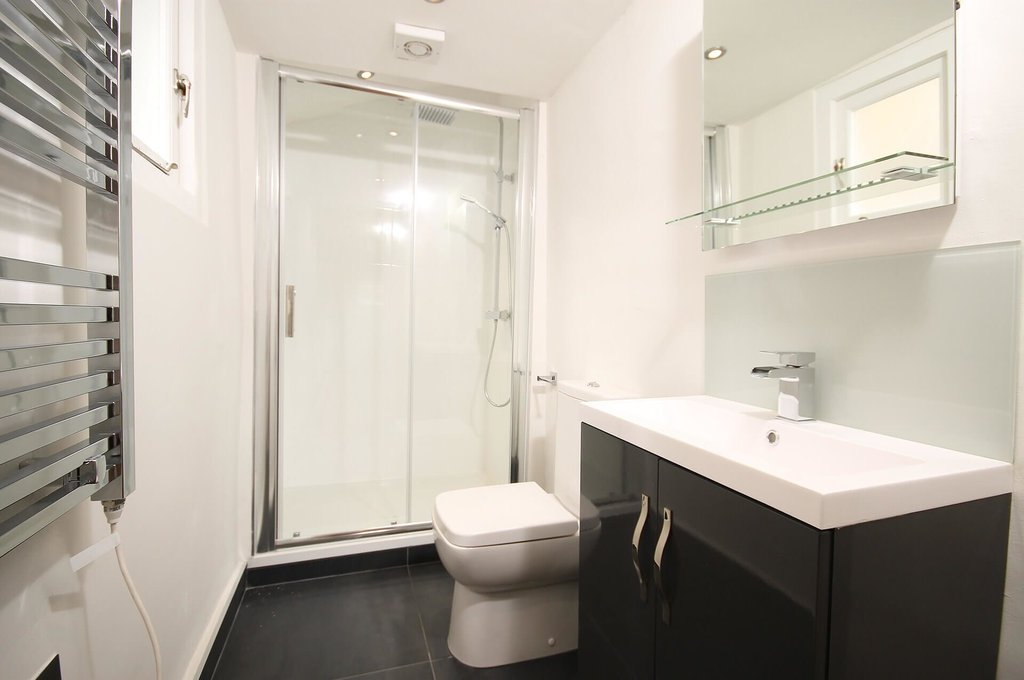 Tro kovi opremanja kupaonice cijena keramike i for Ver decoraciones para banos modernos